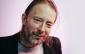 El líder de Radiohead donó manuscritos de sus canciones.