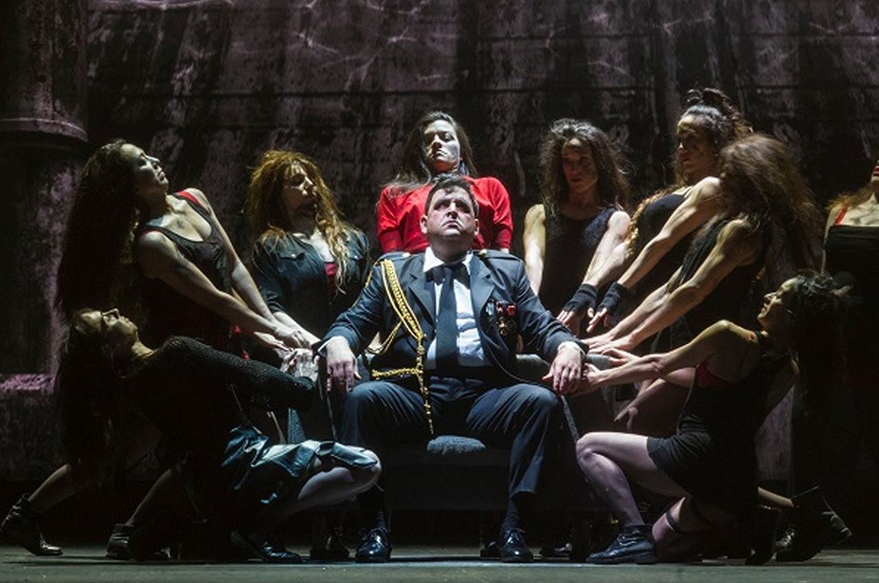 Macbeth o no desearás el trono de tu prójimo