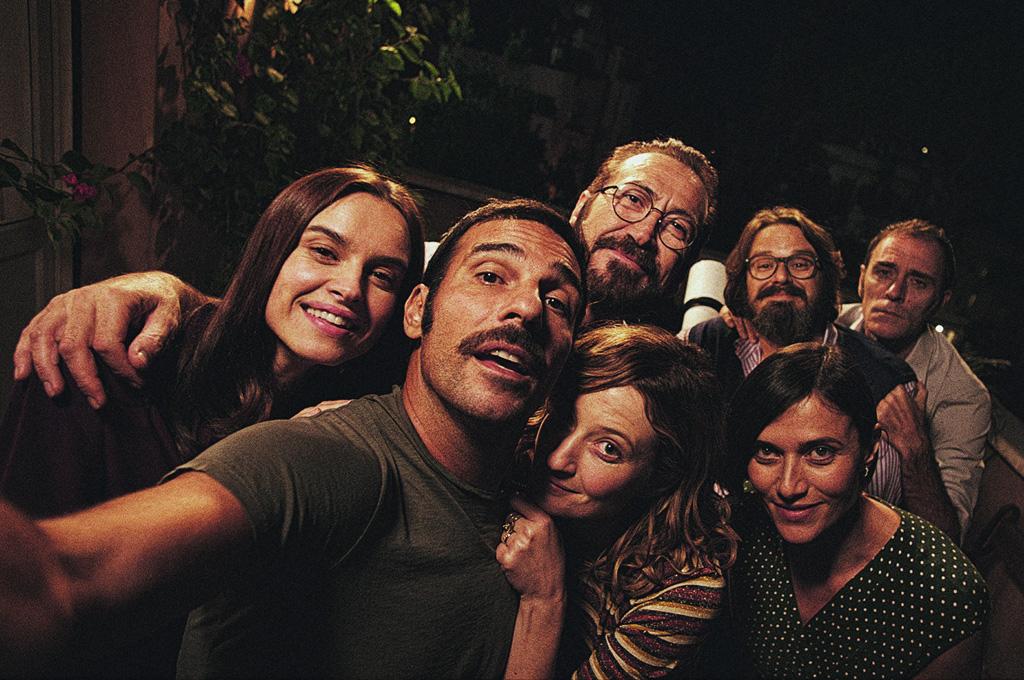 PERFECTOS DESCONOCIDOS: La comedia italiana que está conquistando el mundo