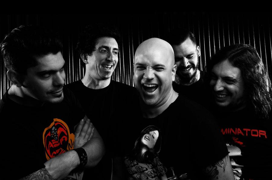 """Cobra Sarli: """"Queremos tomar la bandera del punk and roll argentino y agitarla porque es nuestra"""" #PerfilesULTRABRIT"""