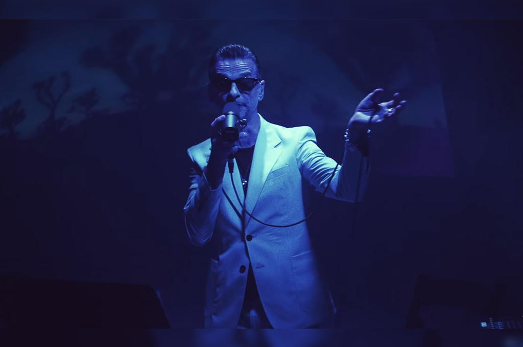 """Depeche Mode lanzó una versión de """"Heroes"""", de David Bowie"""