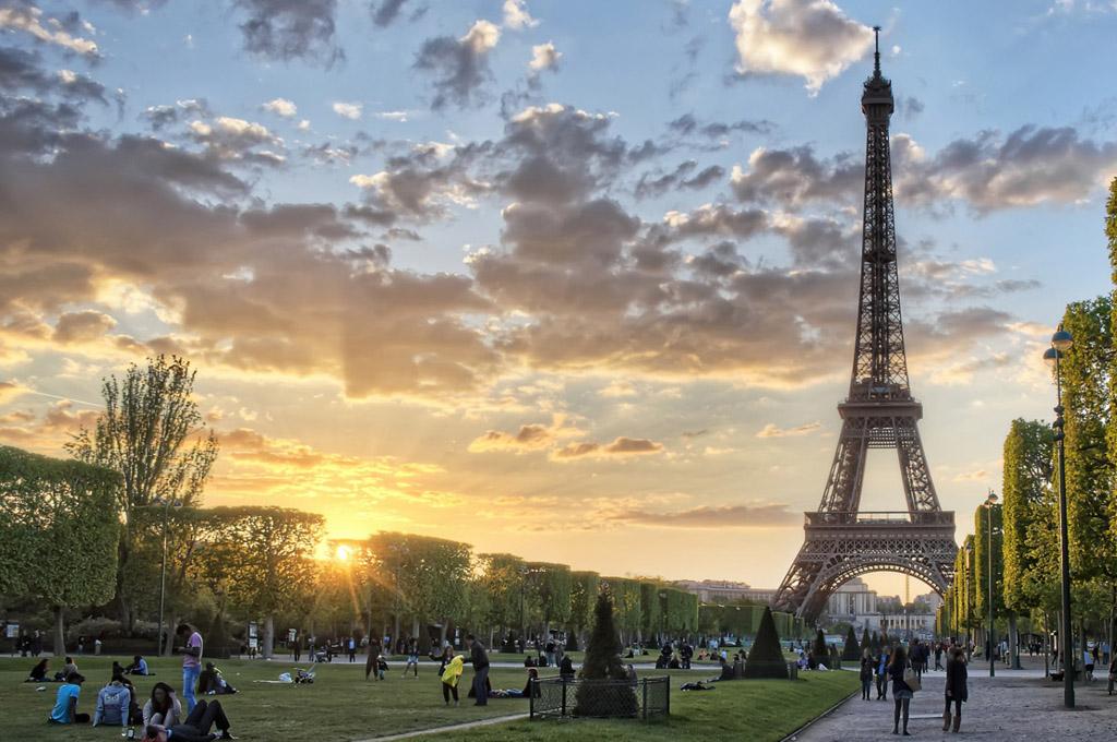 Viajar a Paris a través de estos 5 libros