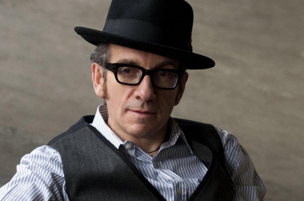 Escuchá lo nuevo de Elvis Costello