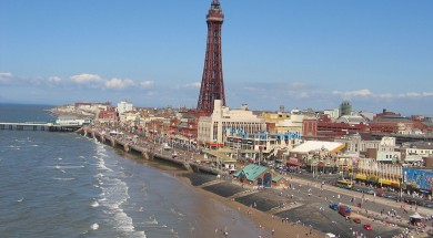 blackpool_tower_from_central_pier_ferris_wheel
