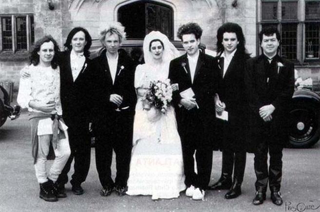 robert-smith-casamiento